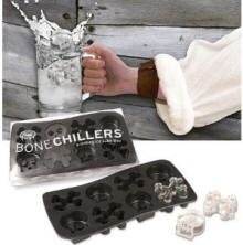Skull and Crossbones ice tray gift